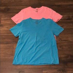 Pair of Express Stretch V-Neck T-Shirts Pink/Blue